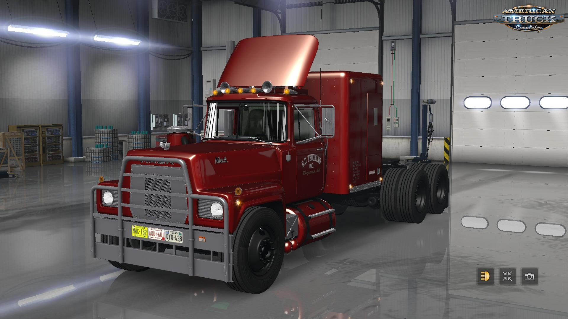 Mack RS 700 and RS 700 Rubber Duck version [1.31.x]